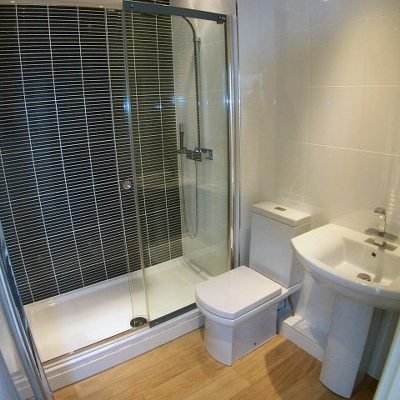 Modern bathroom in 1 bed flat Clifton