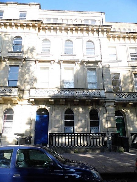 Outside front view 2 bed flat Clifton
